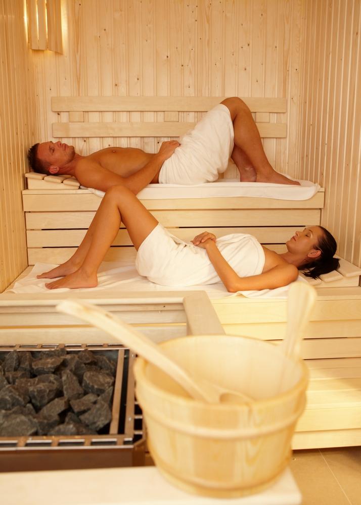 sie fickt in der sauna. Black Bedroom Furniture Sets. Home Design Ideas